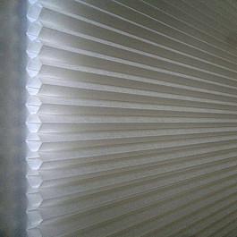 Жалюзи Жалюзи сотовые, белый светофильтр, 91*162 см