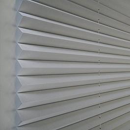 Жалюзи Жалюзи плиссе белые, полутень, 121*162 см