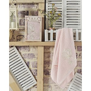 """Полотенце махровое в коробке """"IRYA SENSES"""" с французским гипюром, розовый"""