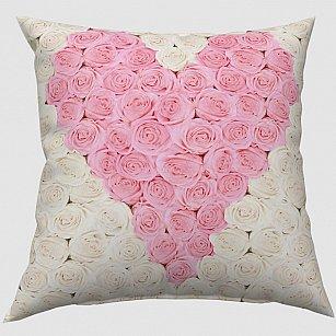 """Декоративная подушка блэкаут """"Сердце из роз"""""""