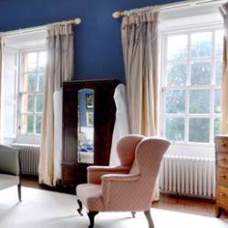 Какие шторы подойдут к синим обоям - Штора на Дом